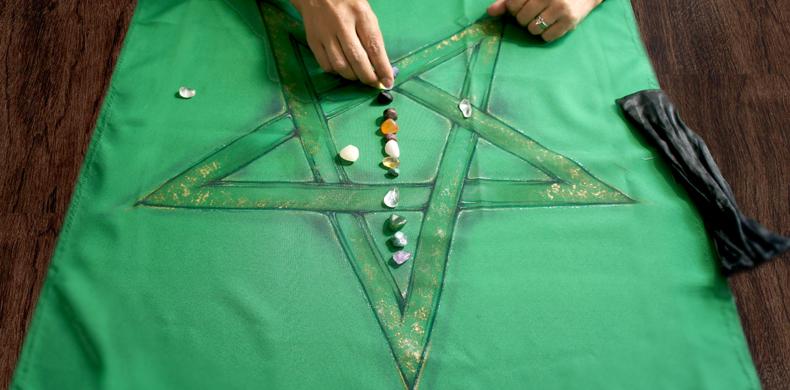 Oráculo de Cristais por Aparecido de Sant'Anna